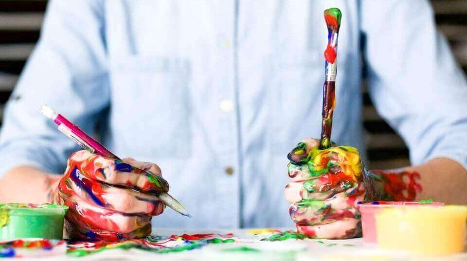 Design Thinking als kreatives und farbenfrohe Arbeiten