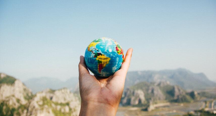 Spezialisten in Geoinformationssystemen (GIS) haben im wahrsten Sinne des Wortes die Welt in der Hand