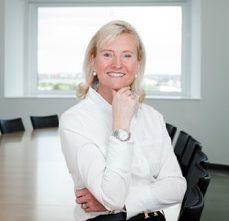 Jacqueline Grassmé-Grave, Expertin für Führung und Kommunikation