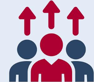 Figur im Vordergrund mit Pfeilen über dem Kopf zeigt Personalentwicklung